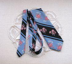 Vintage Floral Necktie . 1970s Mens by RareRagsandTreasures