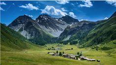 File:Alps of Switzerland Sertig Dörfli - Wikimedia Commons European Vacation, Painting Inspiration, Great Places, Switzerland, Explore, Mountains, Nature, Photography, Travel