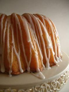 Georgia's Famous Lemon Sour Cream Pound Cake