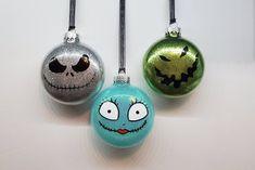Vinyl Ornaments, Disney Ornaments, Halloween Ornaments, Hand Painted Ornaments, Xmas Ornaments, Glitter Ornaments, Nightmare Before Christmas Ornaments, Christmas Crafts, Christmas Print