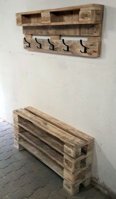 Garderobe Diy 9 great DIY furniture made from pallets 9 great DIY furniture made from pallets # Diy Projects Garage, Wooden Pallet Projects, Pallet Ideas, Garden Projects, Wood Ideas, Palet Projects, Garden Ideas, Pallet Crafts, Diy Furniture Making