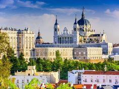 Desde Barcelona y Andalucía hasta Madrid, España tiene un clima tan variado como sus paisajes. Ya se... - Shutterstock