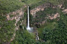 Com 168 metros de queda livre, o Salto do Itiquira, em Formosa de Goiás. Day long hike down to the bottom and back!