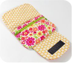 Sew It & Sell It – Designer Quick-Zip Pocket Pouches       By Keyka Lou