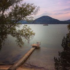 I podzim je u Máchova jezera pěkný:) #machovojezero #doksy #cestovani #dnescestujem #travel #traveling #travelling #instalike #instaphoto #lake #jezero #water #beauty #autumn #fall #podzim #relax