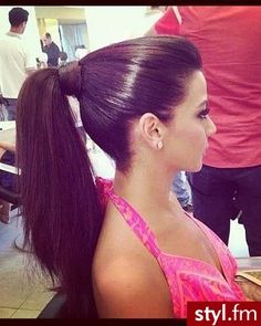 Sleek Pony - Hairstyles and Beauty Tips Pony Hairstyles, Loose Hairstyles, Pretty Hairstyles, Very Long Hair, Long Hair Cuts, Sleek Ponytail, Hair Ponytail, High Fashion Hair, Gorgeous Hair Color