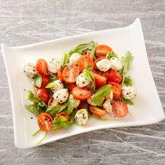 Arugula Caprese Salad, a recipe from ATCO Blue Flame Kitchen's Everyday Delicious 2015 cookbook. Raw Vegetables, Veggies, Fiesta Salad, Thai Salads, Pork Meatballs, Roasted Corn, Savoury Dishes, Brisket, Arugula