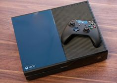 You can now buy an Xbox One without the Kinect, for $400 http://cnet.co/1ifZTHv pic.twitter.com/7scYTqqOI5
