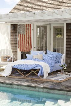 outdoor beds, beach cottages, patio