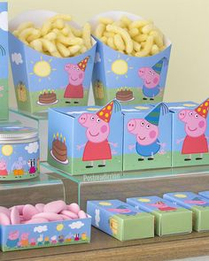 Pig Birthday Cakes, 3rd Birthday Parties, Birthday Party Decorations, 2nd Birthday, Fiestas Peppa Pig, Cumple Peppa Pig, Peppa Pig Party Supplies, Peppa Pig Party Ideas, Aniversario Peppa Pig