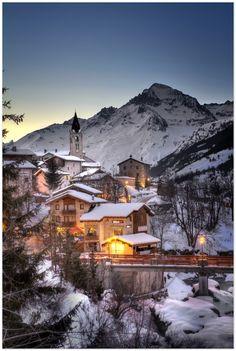 christmas vk+chalet -Val Cenis, Haute-Maurienne Alps | snowzine.com