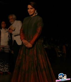 Guests at AIFW 2015 -- Tisca Chopra Picture # 312747 Tisca Chopra Photographs TISCA CHOPRA PHOTOGRAPHS : PHOTO / CONTENTS  FROM  IN.PINTEREST.COM #BLOG #EDUCRATSWEB