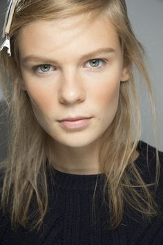 Top 10 New Beauty Looks For Spring/Summer 2016: #8. Bronzed Look