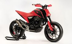 – New 2020 Concept Honda Motorcycles unveiled at EICMA – If these guys can take a and turn into this… The Super-Motard and Adventure bikes – I want to see them do the same with the and haha! For the fourth successive year, Honda's stand at EICMA – … Honda 125, Honda Bikes, New Honda, Honda Motorcycles, Motos Honda, Honda Motorbikes, Bike Magazine, Cafe Racer Magazine, Futuristic Motorcycle