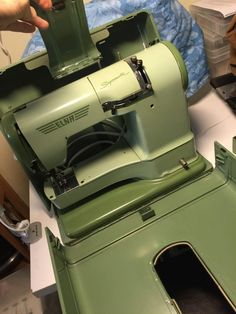 Consider the merits of both types of sewing machines. Project Runway Sewing Machine, Sewing Machine Projects, Brother Sewing Machines, Vintage Sewing Machines, Brother Project Runway, Sewing Hacks, Sewing Tips, Sewing Machine Embroidery, Pick One