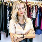 """99 Likes, 8 Comments - FLAVIA CHRISTINA (@flaviachristina.estilo) on Instagram: """"As blusas o̲̅m̲̅b̲̅r̲̅o̲̅ a̲̅ o̲̅m̲̅b̲̅r̲̅o̲̅ vão continuar na coleção de inverno, com ela o look…"""""""