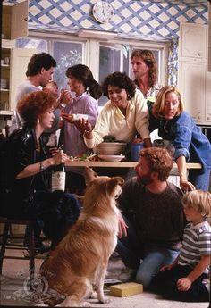 Still of Mel Harris, Peter Horton, Timothy Busfield, Polly Draper, Melanie Mayron, Ken Olin and Patricia Wettig in thirtysomething