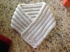 Crochet cowl scarf off white