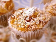 Crunchy munchy honey cakes