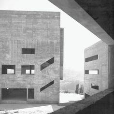 Álvaro Siza Vieira, Faculdade de Arquitetura da Universidade do Porto, 1979