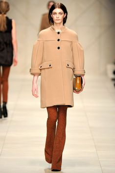 Burberry Fall 2011 Ready-to-Wear Fashion Show - Milly Simmonds