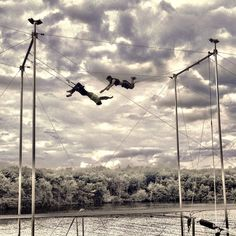 The advanced fly kids inspire me everyday #outoflines #flyingtrapeze #circus…