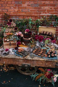 fall inspired wedding cake table