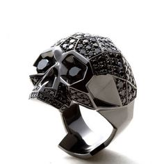 Catchpenny and Accesories - - 7 Tips to combine catchpenny and accesories Skull Wedding Ring, Skull Engagement Ring, Bijoux Design, Schmuck Design, Mens Skull Rings, Mastermind Japan, Diamond Skull, Diamond Rings, Diamond Teeth