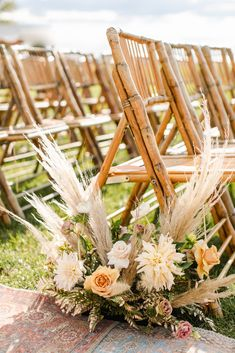 Wild pampas, cafe au lait dahlias, toffee roses, and lisianthus for floor aisle flowers on governors island. Neutral Wedding Flowers, Wedding Arch Flowers, Wedding Aisle Decorations, Floral Wedding, Wedding Orange, Safari Wedding, Wedding Isles, Aisle Flowers, Flower Arrangements