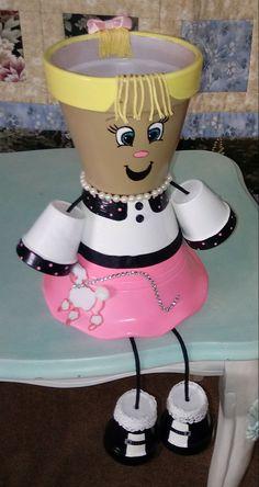 My poodle skirt girl - Yard ideas Flower Pot Art, Clay Flower Pots, Terracotta Flower Pots, Flower Pot Crafts, Cactus Flower, Clay Pot Projects, Clay Pot Crafts, Diy Clay, Flower Pot People