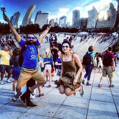 1 2 3 JUMP! #theBean #CloudGate #Chicago #Illinois #USA #Travel #Traveldiaries #TravelAwesome Cloud Gate ('The Bean') in Chicago, IL