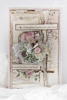 Vaaleanpunainen kortti....Pion Design