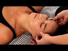 Shiatsu Massage – A Worldwide Popular Acupressure Treatment - Acupuncture Hut Massage Shiatsu, Hand Massage, Facial Massage, Neck Massage, Massage Clinic, Massage Corps, Massage Marketing, Massage Quotes, Acupressure Treatment
