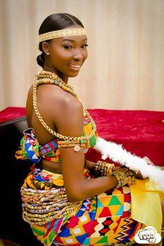 Photos: Ghanaian lady flaunts luscious culture on Birthday African Wedding Dress, African Print Dresses, African Fashion Dresses, African Dress, African Weddings, Nigerian Traditional Dresses, Ghana Traditional Wedding, African Inspired Fashion, African Print Fashion