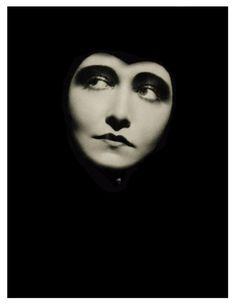 Dorothy Sebastian, photographer Ruth Harriet Louise