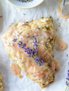 caramelized peach and lavender scones // perfect for hosting an elegant shower or brunch
