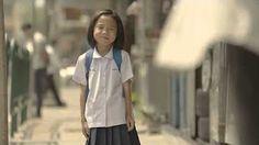Dit filmpje heeft een krachtige boodschap naar de samenleving toe van hoe het mooi kan zijn anderen te helpen in het leven . Want jou goede daden helpen werkelijk positieve veranderingen teweeg brengen .