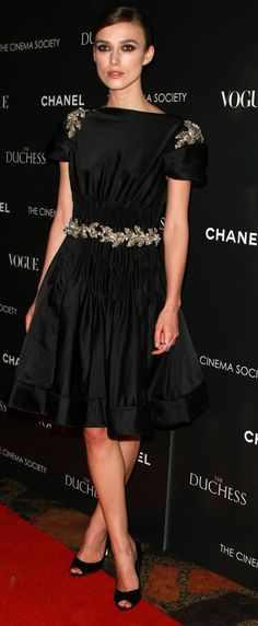 Kiera Knightley in Chanel  #ConvertToBlack