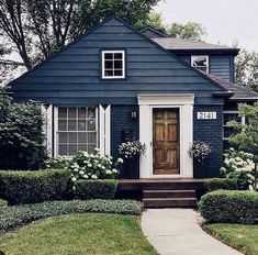 Exterior paint cottage curb appeal ideas for 2019