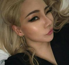 Uploaded by HELLO BI+CHES. Find images and videos about kpop, Queen and yg on We Heart It - the app to get lost in what you love. K Pop, Cl Rapper, Chaelin Lee, Lee Chaerin, Cl 2ne1, Back Home, Sandara Park, Yg Entertainment, Ulzzang Girl