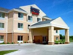 Ankeny (IA) Fairfield Inn & Suites by Marriott Ankeny United States, North America Fairfield Inn & Suites by Marriott Ankeny is conveniently located in the popular Ankeny area. Offering a variety of facilities and services, the hotel provides all you need for a good night's sleep. Free Wi-Fi in all rooms, family room are just some of the facilities on offer. Air conditioning, desk, alarm clock, satellite/cable TV, refrigerator can be found in selected guestrooms. The hotel off...