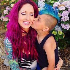 Mom with tattoos. Colorful magenta hair blue hair so cute :) Magenta Hair, Blue Hair, Pink Hair, Parent Tattoos, Mom Tattoos, Tatoos, Cut And Style, Cut And Color, Mommy And Son