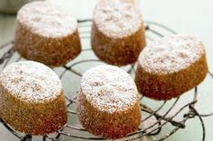 Friands Easy to make with few ingredients and a great afternoon treat with friends. Lemon Recipes, Baking Recipes, Sweet Recipes, Cake Recipes, Gf Recipes, Drink Recipes, Pasta Recipes, Dessert Recipes, Healthy Recipes