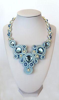 Collar soutache azul collar soutache azul y beige Ribbon Jewelry, Bead Jewellery, Stone Jewelry, Boho Jewelry, Unique Jewelry, Soutache Necklace, Fabric Necklace, Polymer Clay Charms, Polymer Clay Jewelry