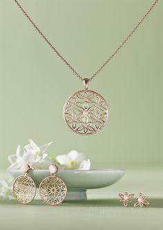 rosegold plattiert mit schönem Ornamentanhänger