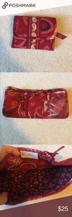 Vera Bradley wallet Super cute small, Vera Bradley wallet. Velcro to close. Has a clear is pocket, a change pocket, a credit card pocket and a bigger pocket for cash. In excellent condition Vera Bradley Bags Wallets