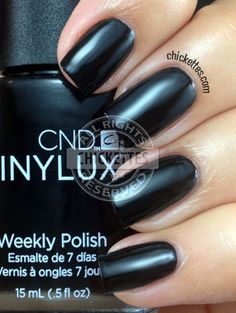 CND Vinylux Black Pool: Giving this a try