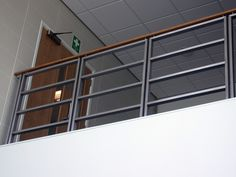 for the patio Interior Stair Railing, Modern Stair Railing, Stair Handrail, Staircase Railings, Modern Stairs, Staircase Design, Balcony Grill Design, Rooftop Terrace Design, Balcony Railing Design