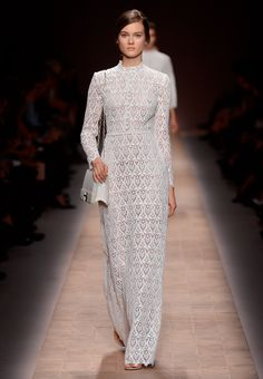 White Perfection_ VALENTINO Prèt-à-Porter SS 13