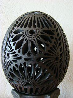 Huevo de barro negro